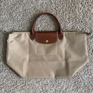 Longchamp Le Pliage Medium Top Handle Bag